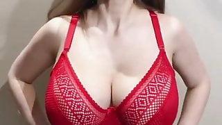 44g huge natural tits