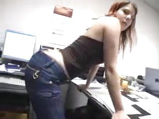 Give me a slut - Curvy office slut gives me head before doggyfuck