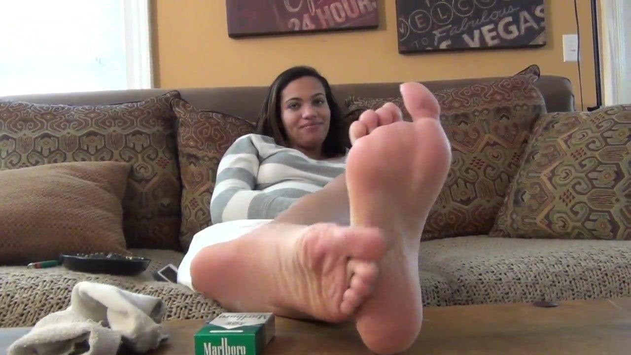 Ebony Feet Worship Lesbian