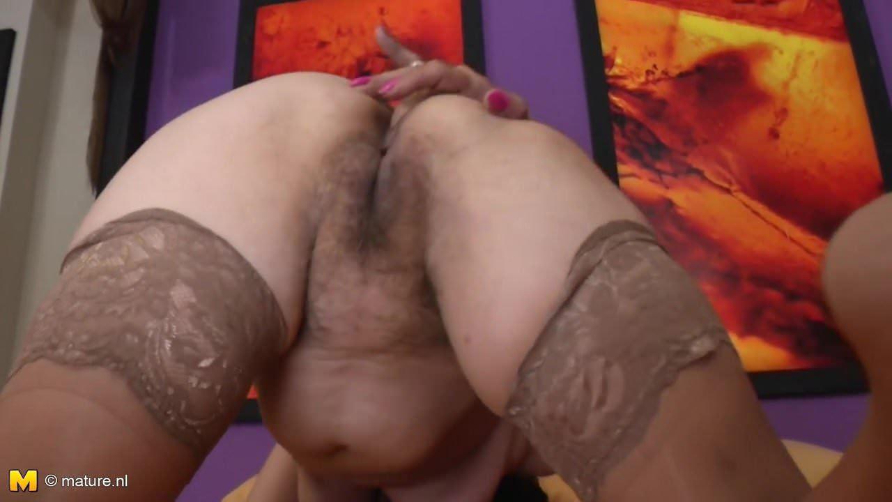 Mature Hairy Pussy Cumshot
