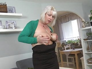 Chubby mature rough fuck video - Chubby mature mother fucking and sucking