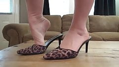 This House Seller Will Seduce You With Her Godly Nylon Feet