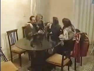 Abla kardes aile ici sex hikayeleri - Turk aile toplantisinda sikis uake50 com