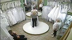 Spionage-Kamera im Hochzeitskleider-Salon 10, sorry, kein Ton