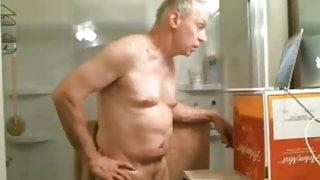 Daddies Webcam - Showertime 1