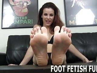 Hot boy jerks off - I need a naughty boy who loves jerking off to feet