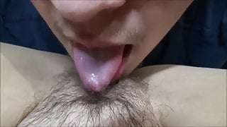 The wife spread her legs and made her husband lick his hairy