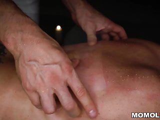 Amy getting fucked Attractive milf amy getting a sernsual massage and a dick