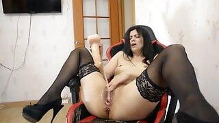 Spreading Legs – Squirting Orgasm