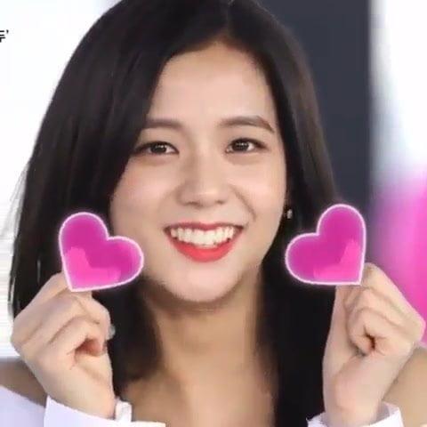 Korean celeb jisoo beautiful girl
