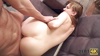 Debt4k. Redhead loves Apple devices so much that is ready to