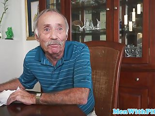 Teabag sexual position how video Babe teabags geriatric then sucks his cock