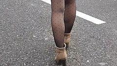 Short sexy dans la rue