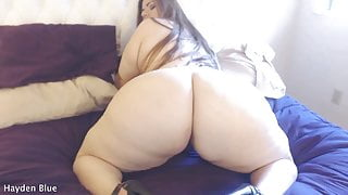 Shaking her juicy fat 60-inch BBW Booty