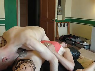 Latex mattress serta The human mattress and ballbusting
