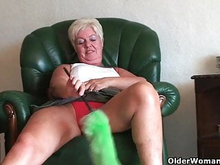 Sandy escort dartford - 64 year old and british granny sandie rubs her old pussy
