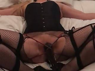 Clubber asks stripper to cum S asking to cum