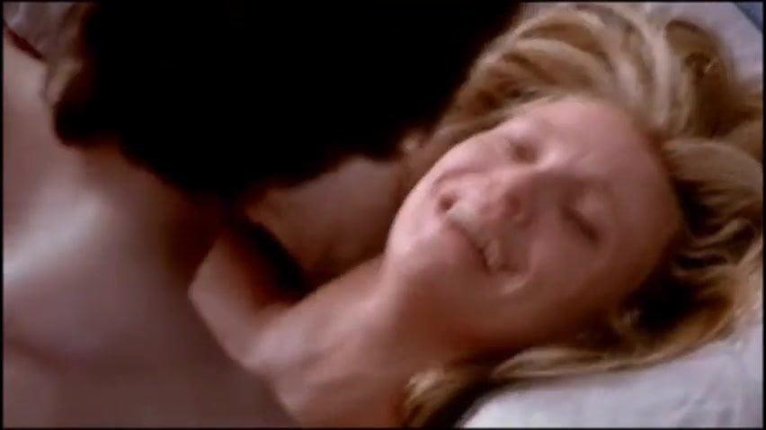 Chloë grace moretz topless