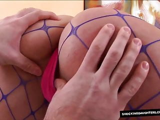 Messy cumshot young blonde Messy facial on not daughters face from daddy