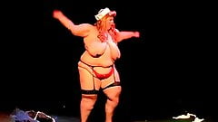 SSBBW Burlesque Stripping