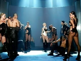 Video porno christina aguilera Christina aguilera sexy bitch