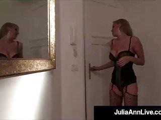 Lesbian martys - Blonde bombshell milf julia ann gets a cock from denis marti