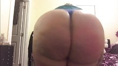 Big fat white ass cheeks clapping