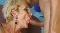 Sucking Grannies
