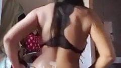 Hot dance cam show