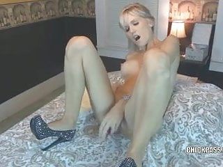 Jolene blalock fake nudes Blonde milf jolene takes some dick and gets a creampie