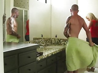 Brea lynn digital download bathroom threesome Jessica lynn: in bathroom