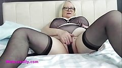 Big tits masturbator Mature Sally is all yours