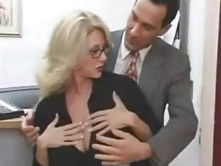 Giant boob gif - Pretty mom with amazing giant boobs