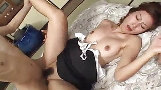 Nana Nanami gets cum on ass cheeks from sucked dicks after f