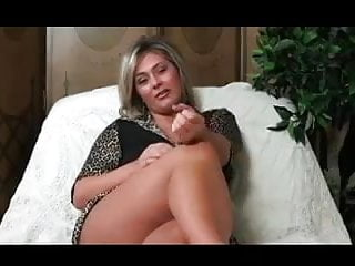 The dwarves lick it - Lick it for milf. joi and cei