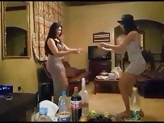 Ass dance arab Big ass dance