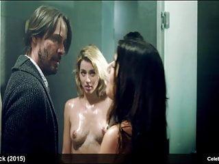 Izzo porn lorenza Lorenza Izzo