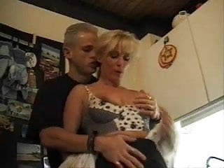 Family mom nudes - Swinger family fuckig dad sons friend and mom