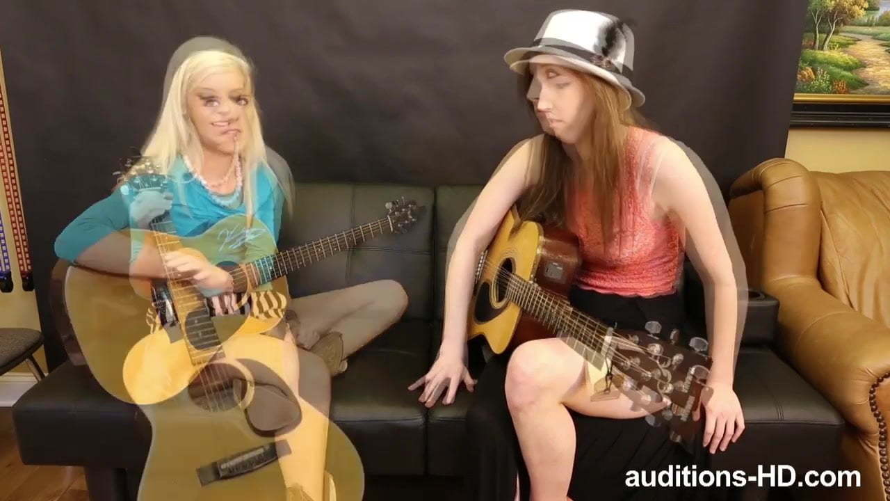 Auditions Hd Halle Von Porn Video guitar practice turns to porn.