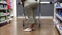 Super thick tear drop booty wide hips Latina granny