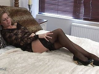 Mature slut wife videos - Blond mature slut wife pleasing herself for you