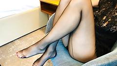 Quente perna provocação em meia-calça preta