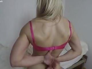 Ass muscle worship Female muscle cougar gets pov worship