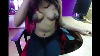 Web Cam Qurrientine Fun with pussy