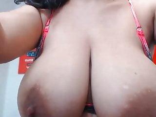 Swinging boobs Swinging big boobs