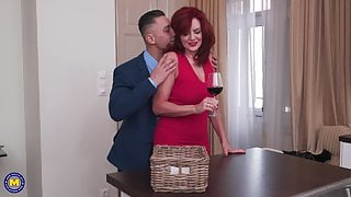 Mother squirts on stepsons cock