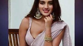 aggarwal boobs visible Randi