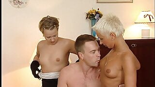 German swinger group - 90s retro with young Mandy Mystery