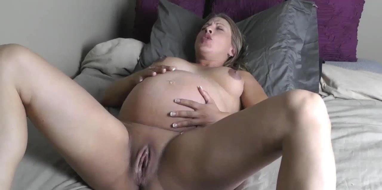 Pregnant amateur female orgasm video