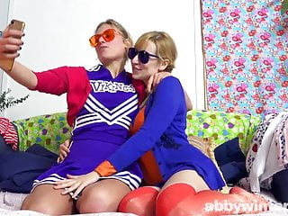 Surreptitious orgasm Young girls lesbian awhaju
